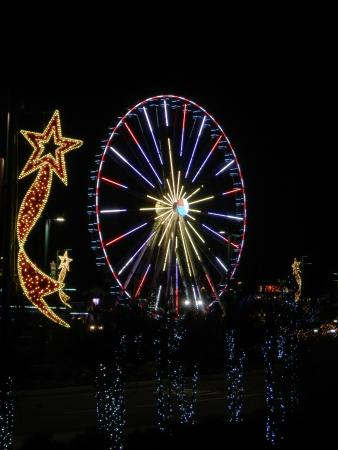 The Island In Pigeon Forge: Christmas Lights By The Skywheel At The Island