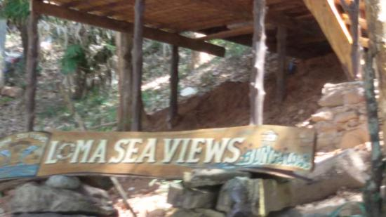 Loma Sea View Bungalows