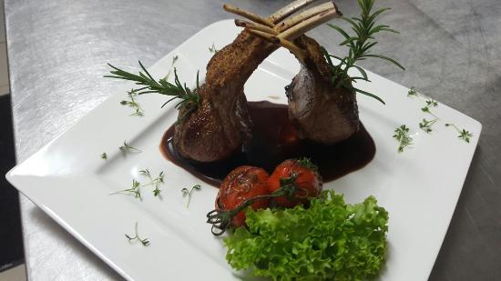 Grevenmacher, Luxembourg: Brasserie Op Flohr