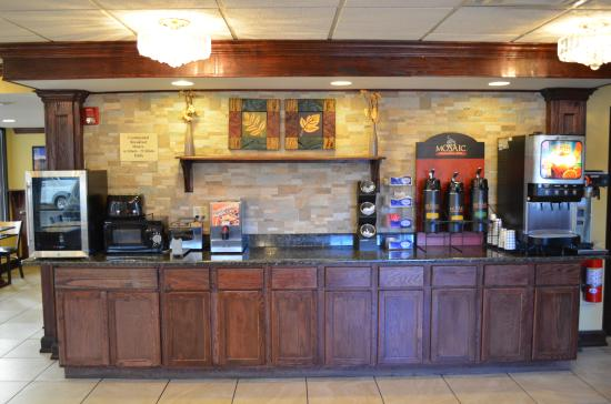 Detroit Regency Hotel: Breakfast Area