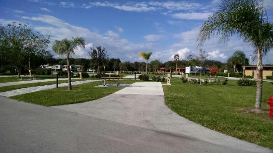 Canal Point, FL: Brighton Seminole Campground and RV Park