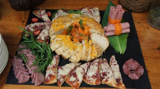 Modimolle (Nylstroom), Sør-Afrika: 08 Breakfast table