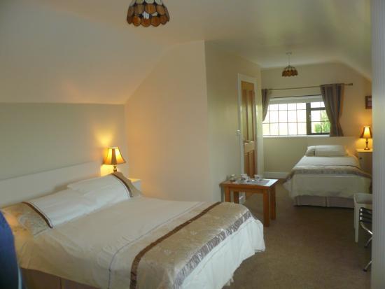 Clarenbridge, Irlanda: Large, comfortable bedrooms