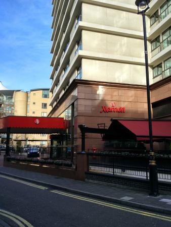 Front Of House Picture Of London Marriott Hotel Marble
