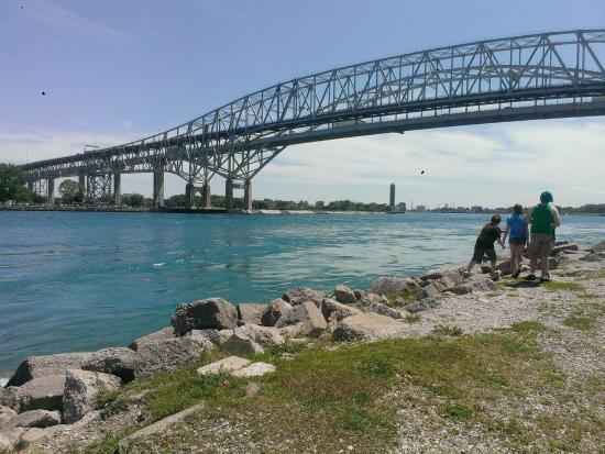 Blue Water Bridge: photo2.jpg
