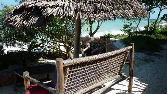 Mbuyuni Beach Village: Resturangen