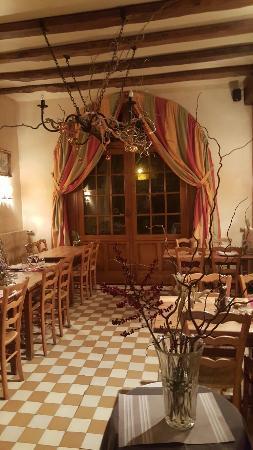 Longpont, France : Hotel de L'Abbaye