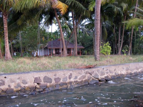 Gramam Homestay : Private Quay