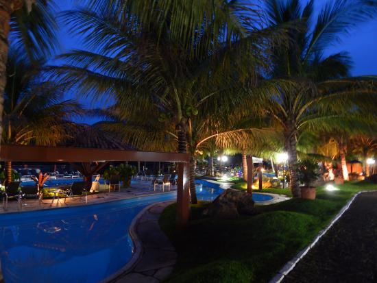 Resultado de imagem para imagens do hotel balneario do lago