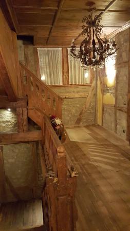Hotel Gotisches Haus: More beautiful wooden stairs