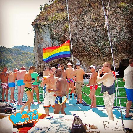 ‪Wet and Wild Gay Cruise‬
