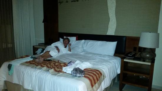 Dreams Las Mareas Costa Rica Room Comfy Bed