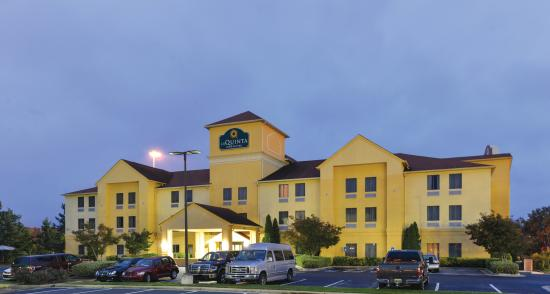 Photo of La Quinta Inn & Suites Locust Grove