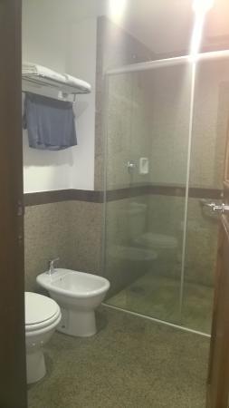 Bourbon Atibaia Convention & Spa Resort: banheiro