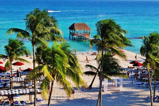 Beach Hotel Job In Pe