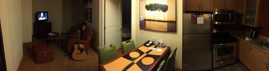 Residence Inn Arlington Courthouse: dining room