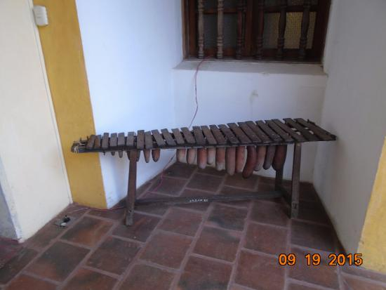Museo de Santiago: hand-made marimba