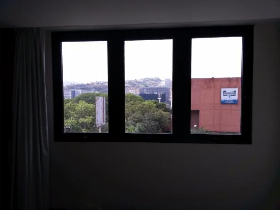 Shelter Suites : Vista desde la habitación
