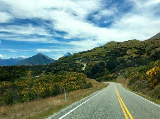 Queenstown, Yeni Zelanda: Road to Glenorchy