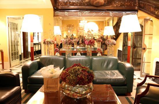 The Foyer At Claridge's: 내부