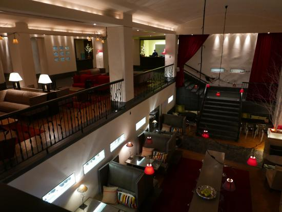 Auberge Saint-Antoine: auberge saint antoine lobby
