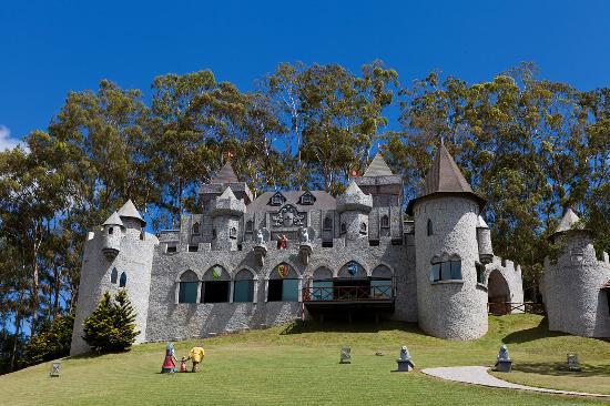 Resultado de imagem para castelo de teresópolis