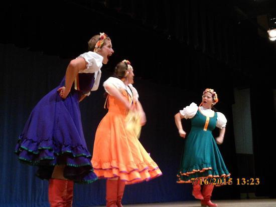 New Archangel Dancers: Dancers