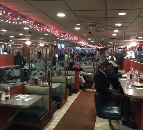 Gene's Coffee Shop: inside Gene's