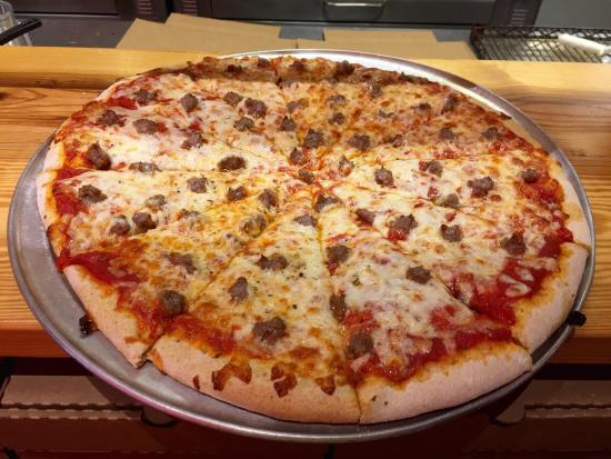 photo0.jpg - Picture of Shakespeare's Pizza South, Columbia - TripAdvisor