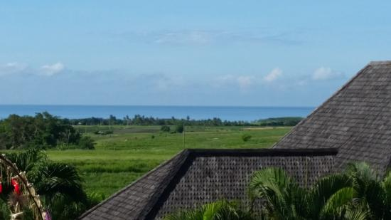 Tegal Mengkeb, Indonesia: Beach in the distance