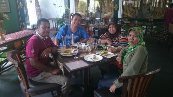 Bir Jawa - Foto Bale Raos, Yogyakarta - TripAdvisor