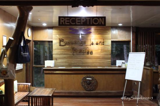 Busuanga Island Paradise: Check in counter