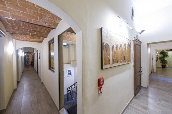 Hotel Cosimo de' Medici : corridoio