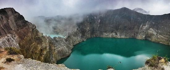 Mount Kelimutu: laghi