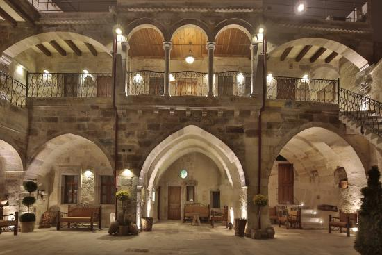Aren Cave Hotel & Art Gallery