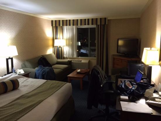 Holiday Inn Vancouver Airport: Overzicht kamer