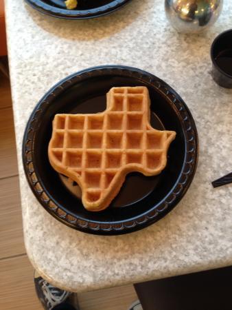 Best Western Plus Fiesta Inn: Wafels bij het ontbijt