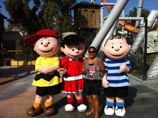 Knott's Berry Farm: In Character