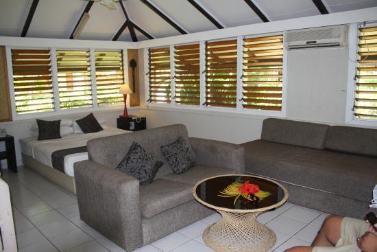 Plantation Island Resort: room 308