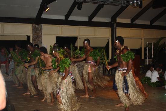 Plantation Island Resort: cultural performance