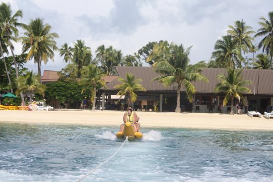 Plantation Island Resort: banana boat!