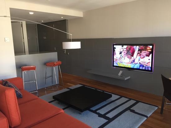 Hotel Reina Petronila: Salón suite