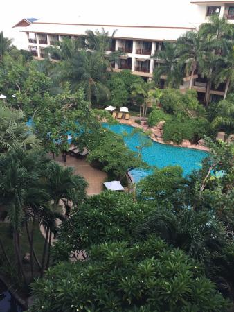 Ravindra Beach Resort & Spa: Вид с окна моего номера