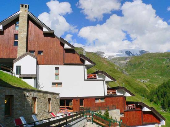 Cervinia 2 breuil cervinia itali foto 39 s reviews en for Hotel meuble mon reve cervinia