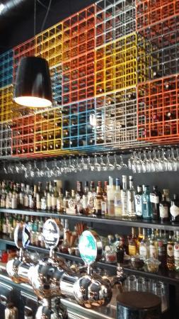 Priza Bar