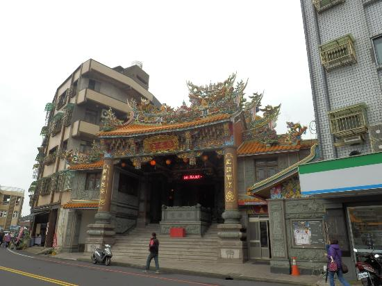 Bao'an Temple