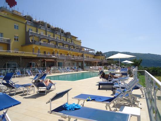 Art Hotel Gran Paradiso: bordo piscina