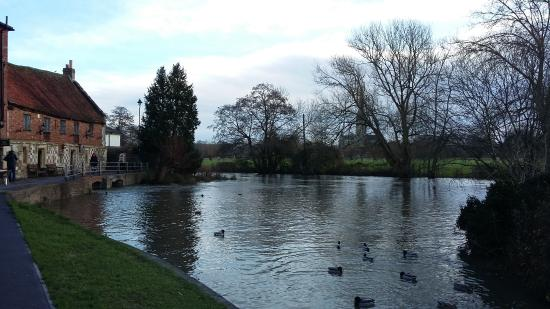 The Old Mill Hotel, Harnham and its pond