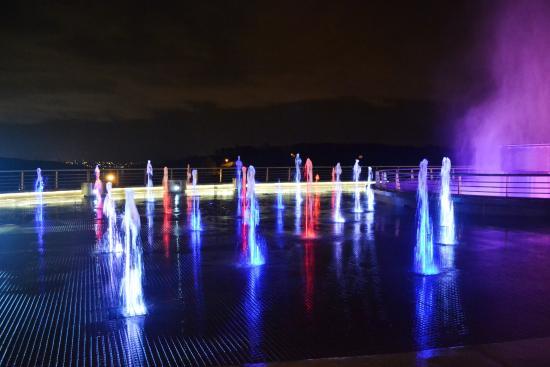 Amerian Portal del Iguazu: Show de aguas