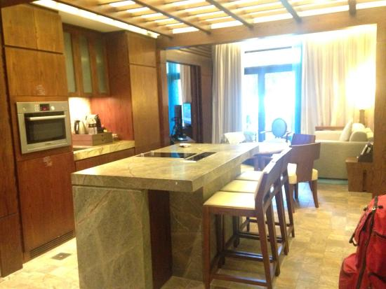 Ingresso camera Junior Suite, cucina e soggiorno - Bild von Sofitel ...